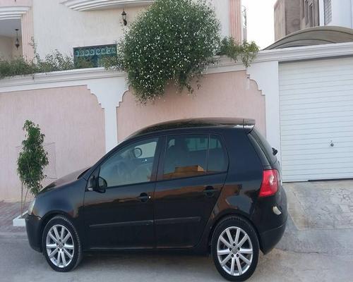 annonces voiture volkswagen golf occasion en tunisie golf 5 fsi 6cv essence. Black Bedroom Furniture Sets. Home Design Ideas